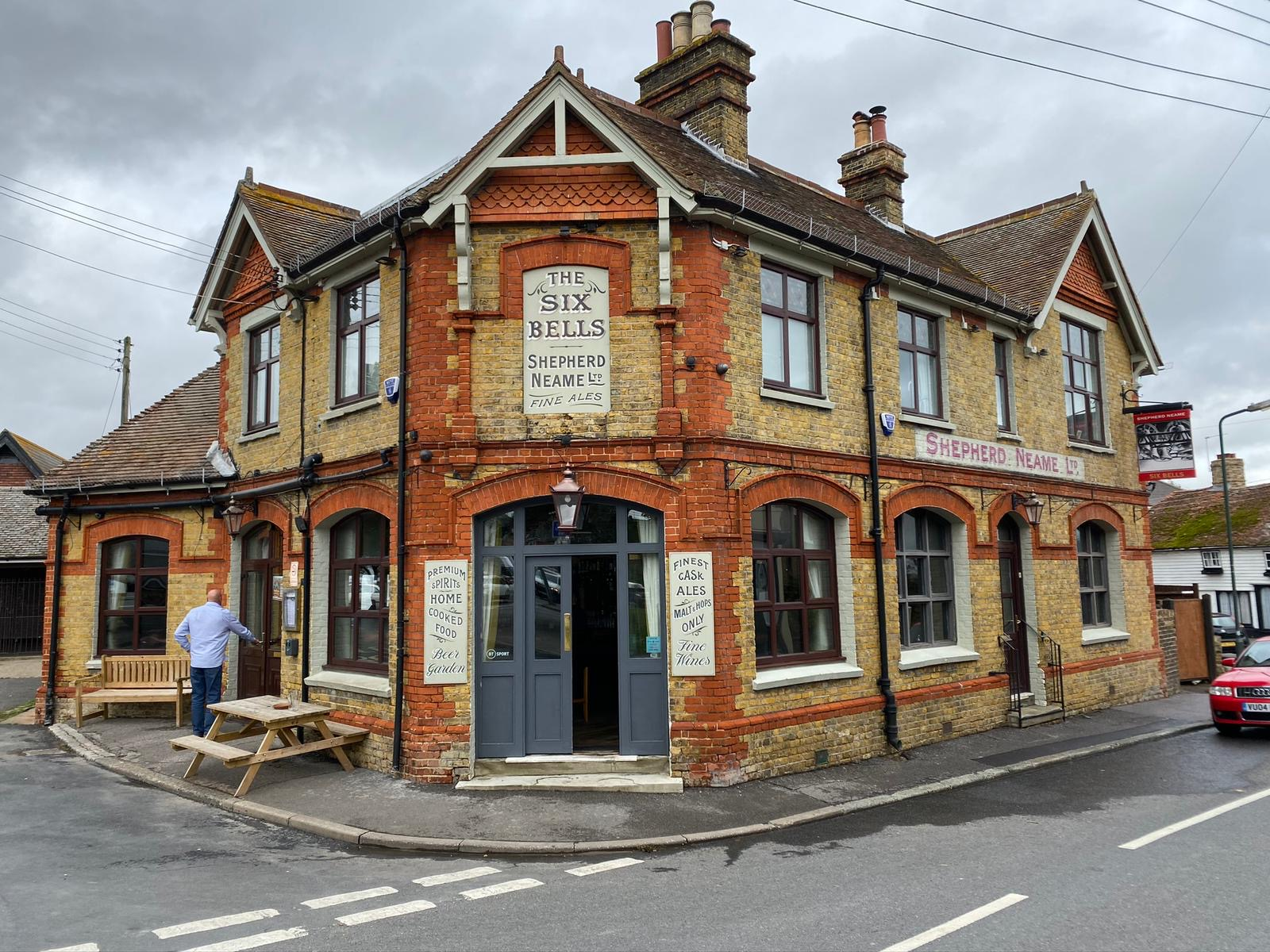The Six Bells Rochester Exterior